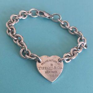 TIFFANY & CO Heart Tag Charm Bracelet Silver